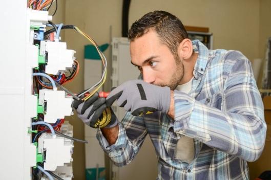 How to get Electrical repair near me in Transverse City, MI